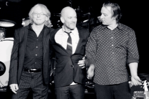 R.E.M: the obvious link between sleep, dreaming and musi... oh nevermind!